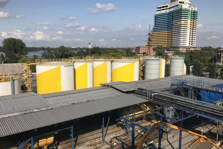 Это «Олейна» в Днепре — известный маслоэкстракционный завод